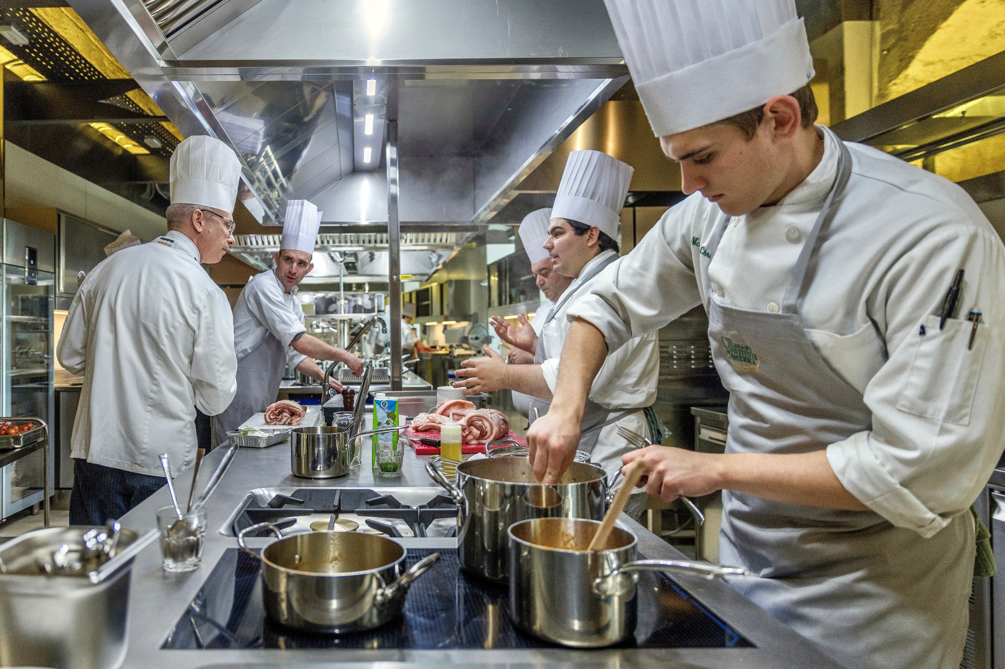 The castle houses the Puglia Culinary Teaching Centre, where students can sample and cook with local produce.
