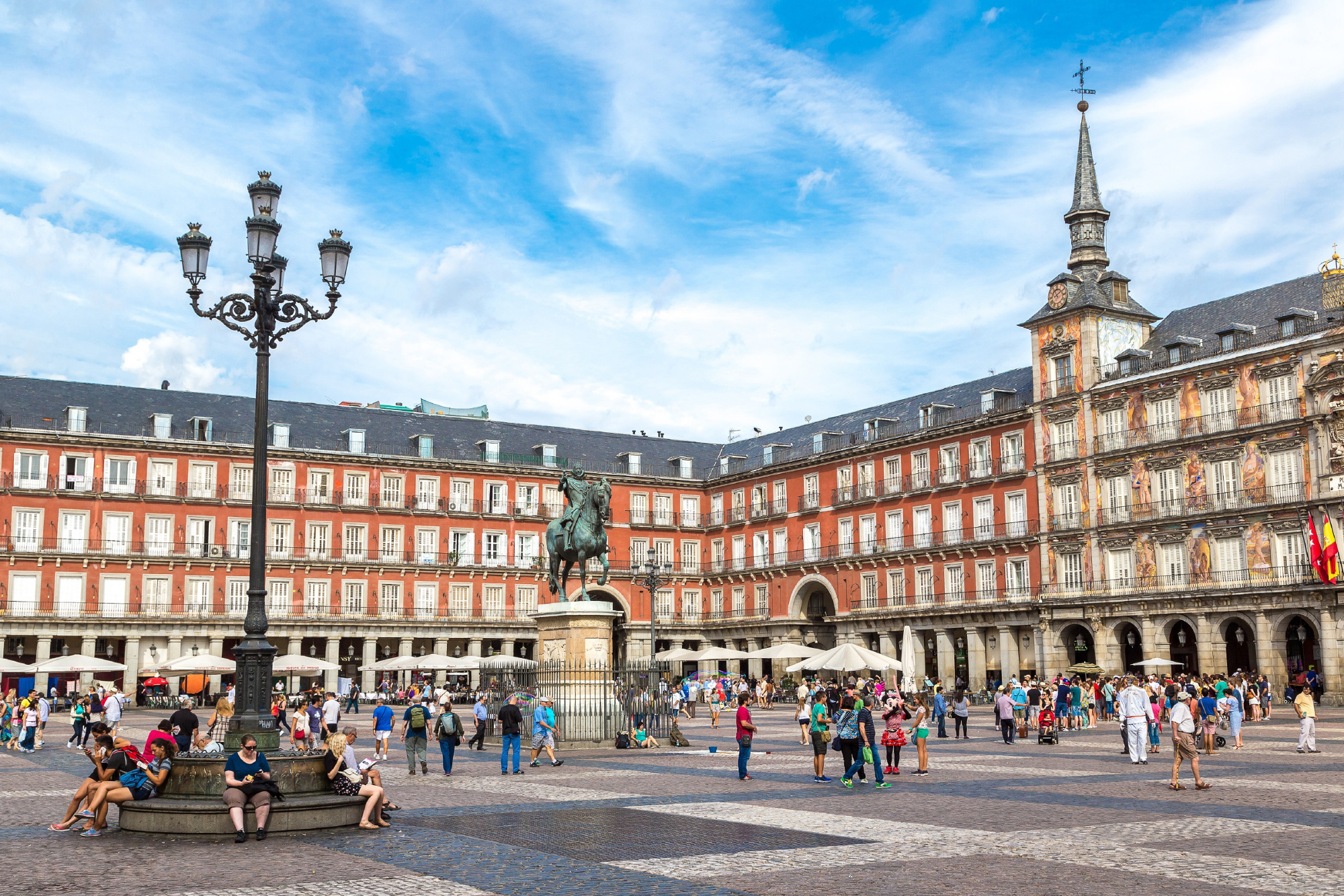 The airline will also operated flights from Los Angeles to madrid next year.