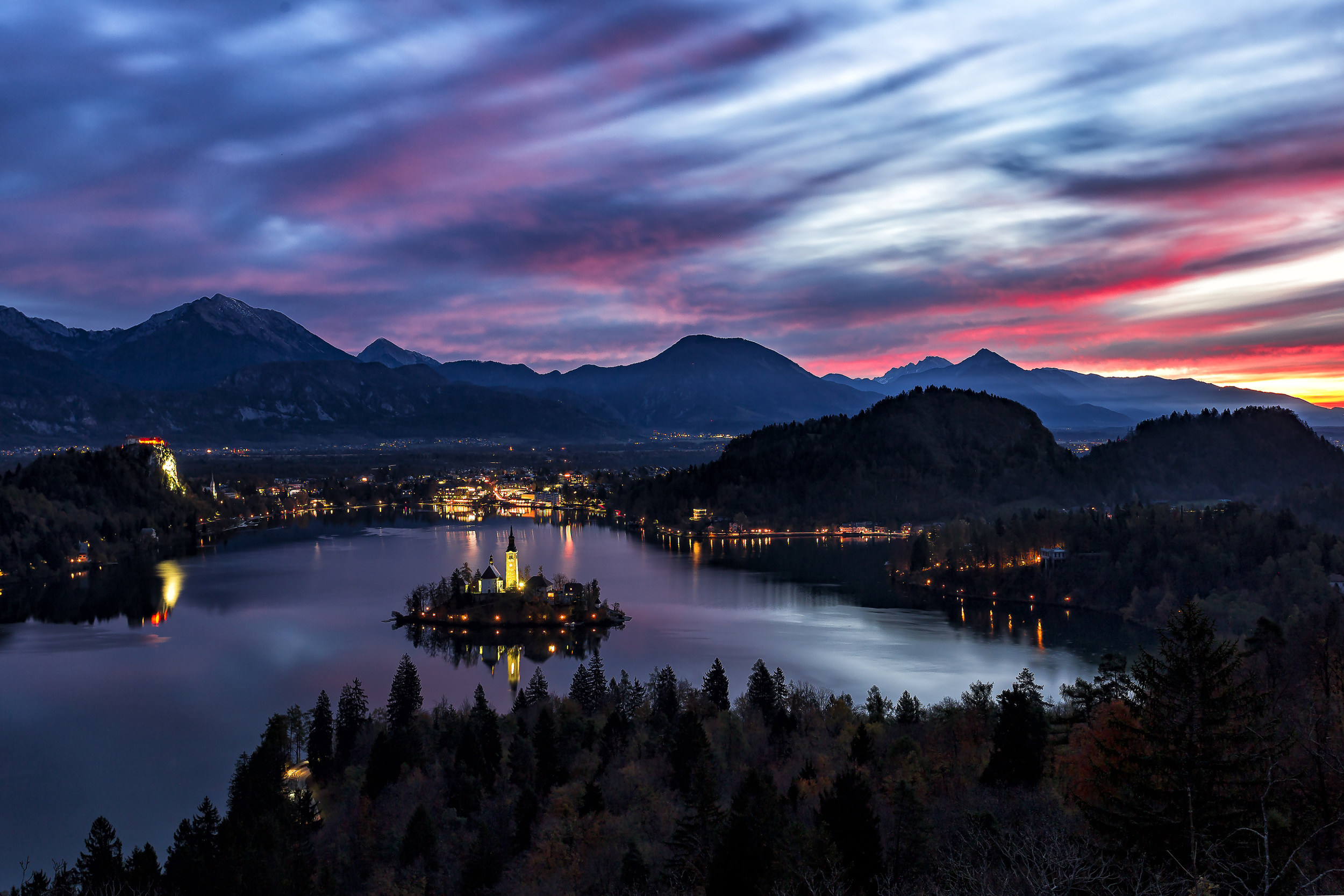 Bled just before sunrise.
